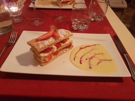 Herbignac, France: Mille-feuille aux fraises