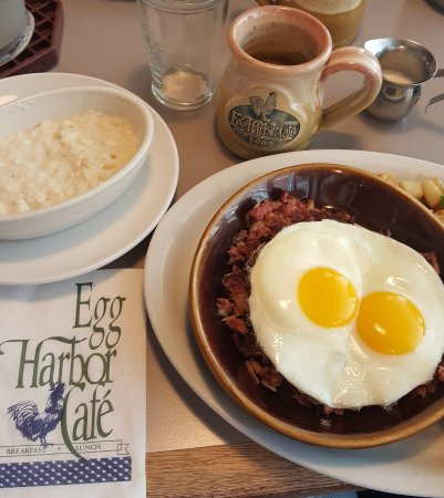 Lincolnshire, IL: Corn beef, eggs, and grits!