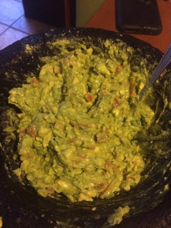 Reading, Pensilvania: The LIVE guacamole is delicious!! Made right at your table - they will customize to your taste!!