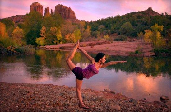 Τέμπε, Αριζόνα: Sedona Arizona Cathedral Rock Oak Creek Arizona Hiking Yoga