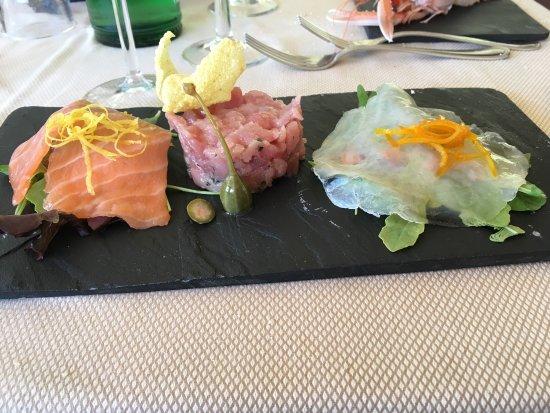 Torrimpietra, Italia: Un locale perfetto per mangiare dell'ottimo pesce abbinato alla simpatia del proprietario.