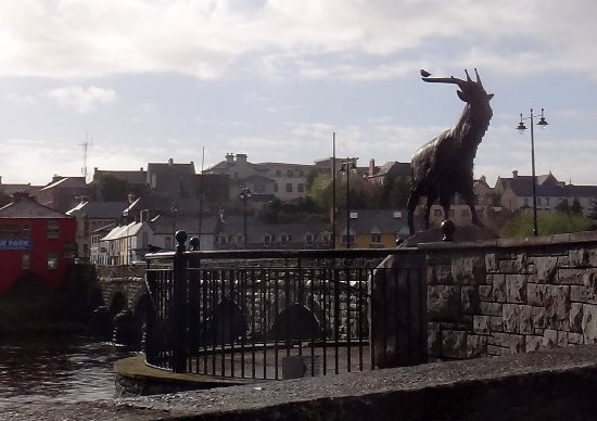 Killorglin, Ierland: King Puck Statue