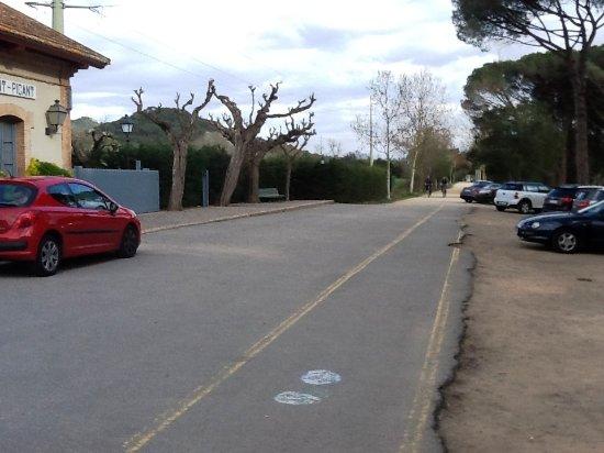 Santa Cristina d'Aro, Spain: Zona aparcamiento frente al restaurante.