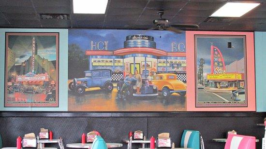 Havelock, NC: Artwork inside the restaurant.