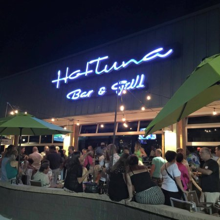 Hot Tuna Bar Grill