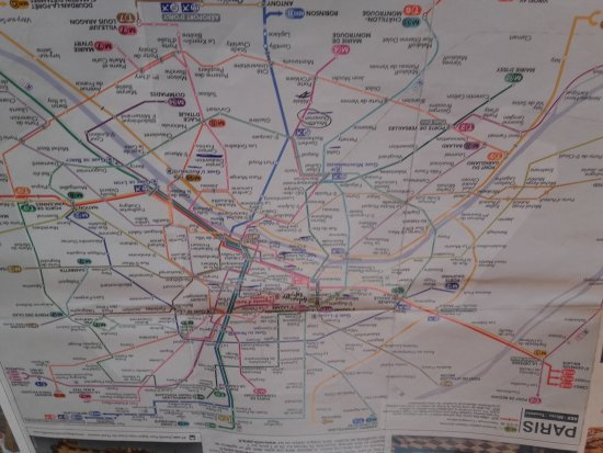 Concord Station on the M8 line Picture of Paris Metro Paris