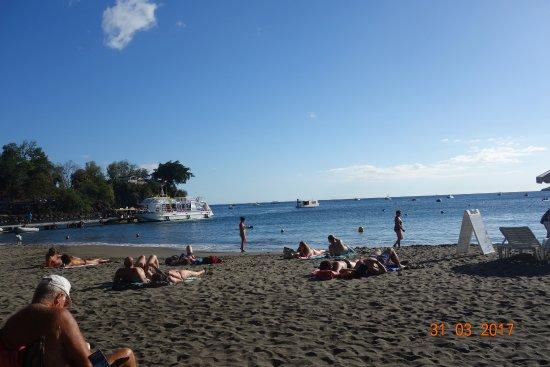 Bouillante, Guadeloupe: la plage de Malendure