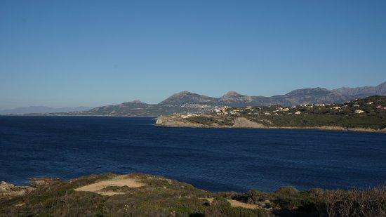 Lumio, Francia: isola e punta Spanu viste dalla Revellata