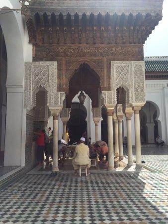 Kairaouine Mosque (Mosque of al-Qarawiyyin) : View of the outdoor courtyard