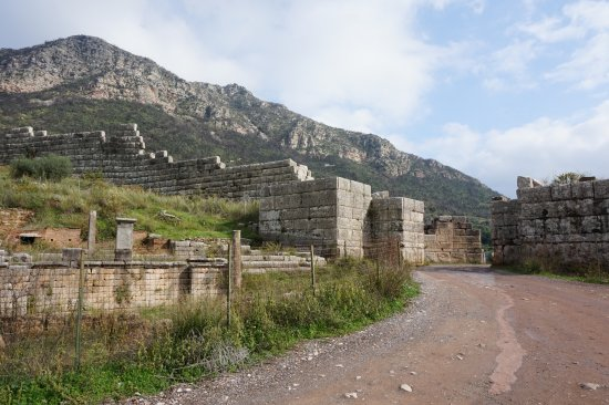 Messini, Greece: The fortification