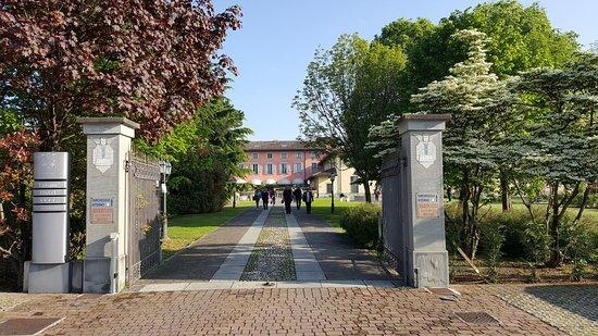 Awesome antico borgo la muratella cancello duingresso with for Leroy merlin cancelli