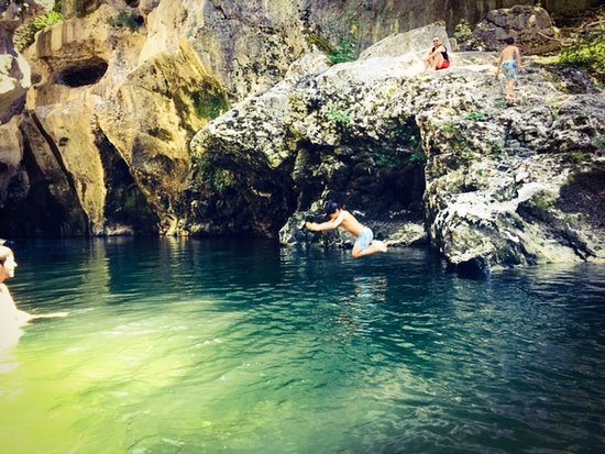 Gorges du Fier : Taking a dip in the river by the Gorges