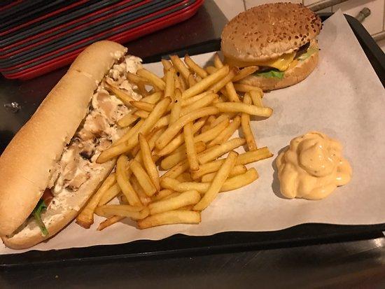 Draguignan, ฝรั่งเศส: Sandwichs en Formule 7€ avec la boisson