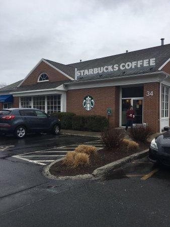 Newtown, CT: Starbucks