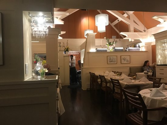 Aptos, CA: Warm and intimate with fine dining!
