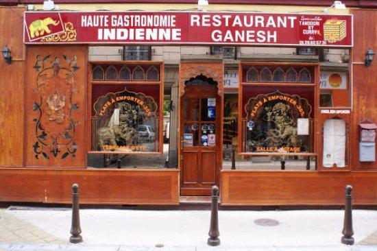 Maisons-Laffitte, France: Exterior