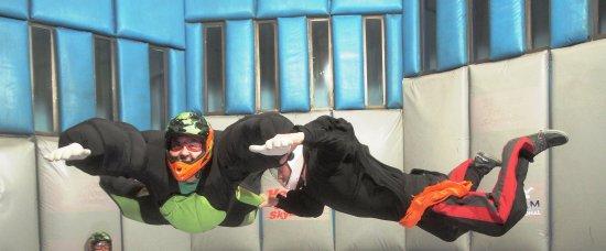 Vegas Indoor Skydiving : Me and Super Zack