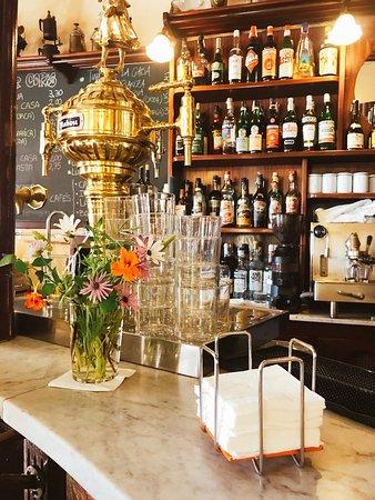 Cafe La Lonja: photo0.jpg