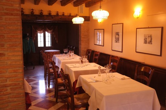 Torcello, Italy: Indoors