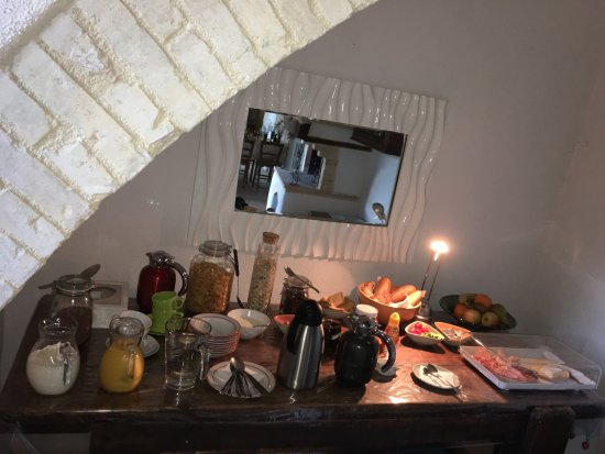 Le Ginestre Bed and Breakfast Assisi: Frühstücksbuffet