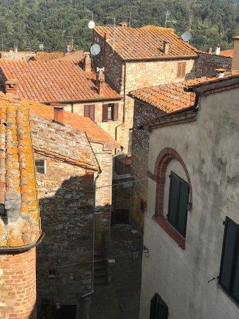 Trequanda, إيطاليا: Viste da Trequanda e specialità dell'agriristoro 😋