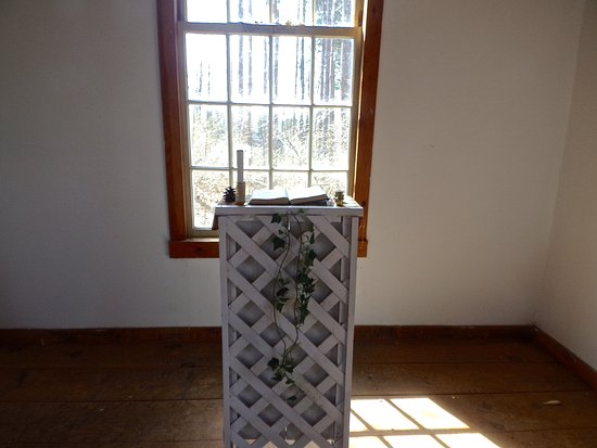 Quechee, VT: Little Chapel in the Woods