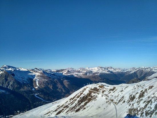 Davos Platz, Switzerland: IMG_20161228_151430_HDR_large.jpg