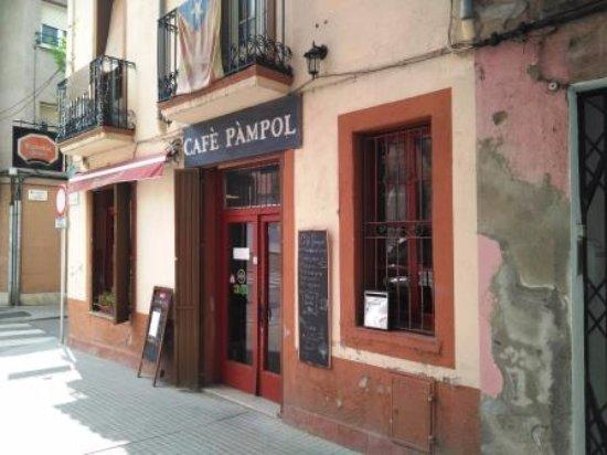 Руби, Испания: Entrada restaurante
