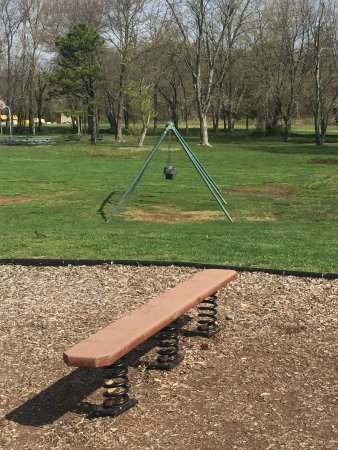 Island Heights, NJ: Swings for younger kids missing two of them