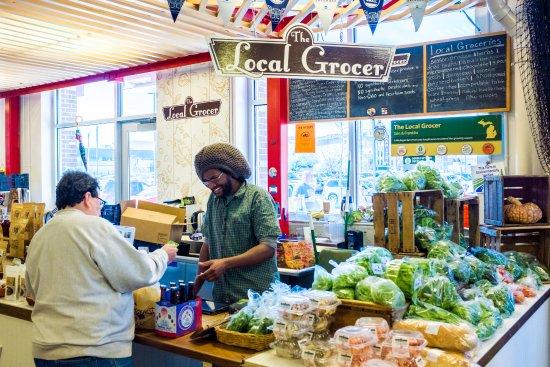 Flint, MI: Groceries