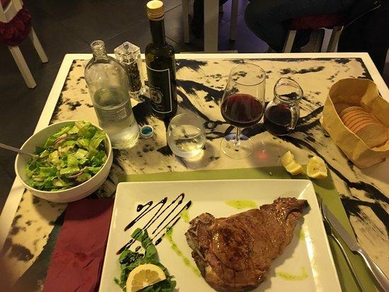 El Carnicero : Costata e insalata.