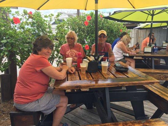 Micco, FL: Lunch crew