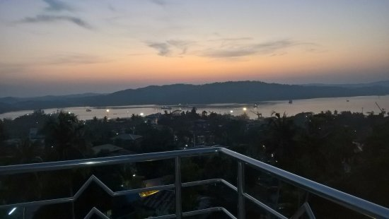 Hotel Hilltop International: Terace view which no one hotel provide you the same...