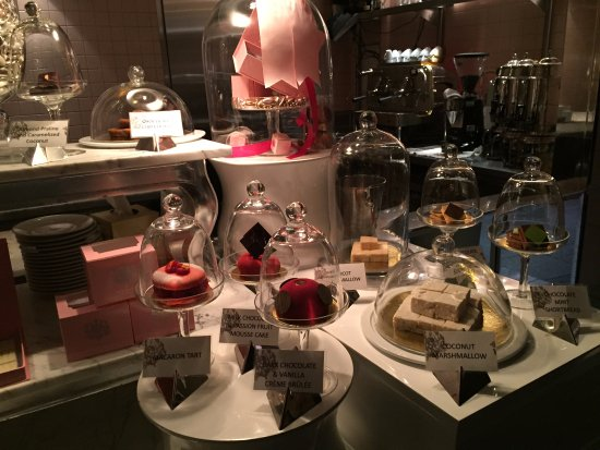 The Bazaar by Jose Andres: Desserts