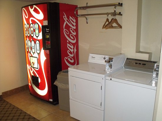 Quality Inn Winslow: Guest Laundry Facilities