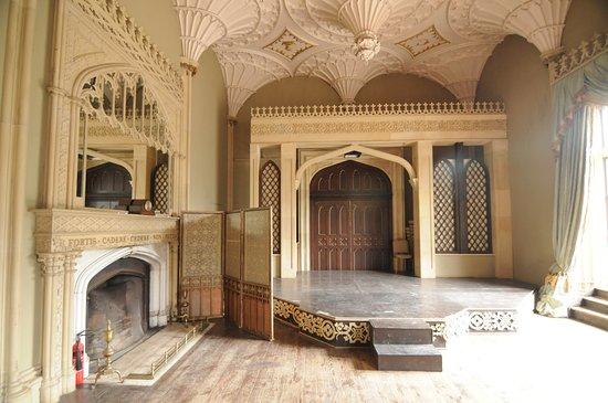 Charleville Castle: Der große (restaurierte) Saal