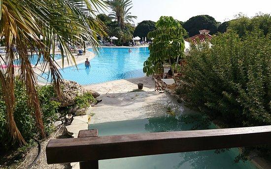 Avanti Hotel: _20170422_203021_large.jpg