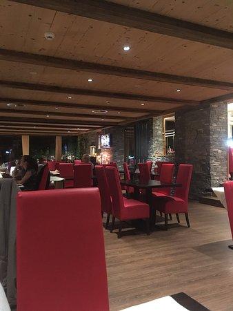 Leukerbad, Suiza: Gmütliches Ambiente mir sehr feinem Essen. Super bedienung und sehr freundliches Personal