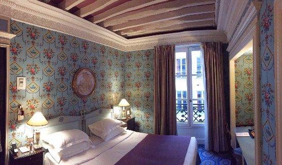 هوتل دي جراند أوم: Fräckt rum i fransk stil