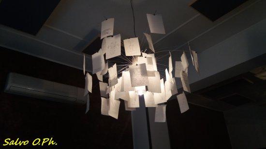 lampadario sala da pranzo - Picture of Al Borgo Antico, Legnano ...