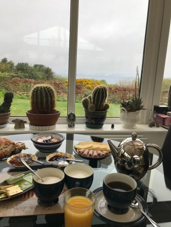 Eglinton, UK: Breakfast with a view!!