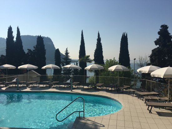 Awesome Hotel Le Terrazze Garda Images - Design Trends 2017 ...