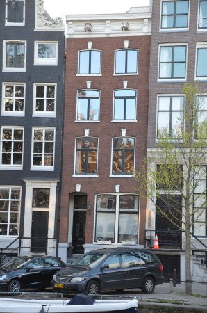 Chariot Amsterdam - canal apartment: Fassade
