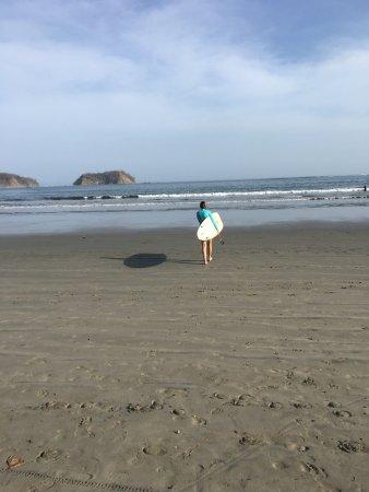 Playa Samara, Costa Rica: Ticos Surf on Samara Beach.