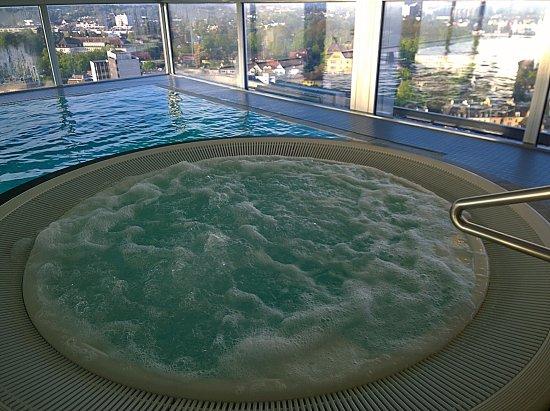 Jacuzzi and pool picture of swissotel zurich zurich tripadvisor - Oerlikon swimming pool ...
