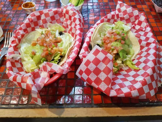 Nelson, Canada: Loaded veggie tacos