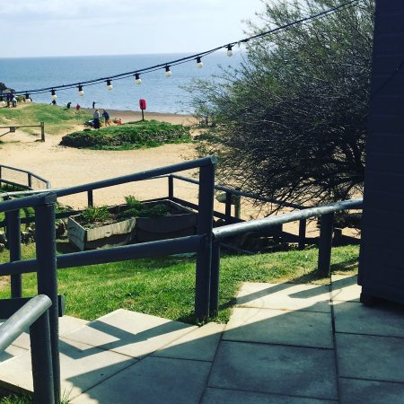 Hive Beach Cafe: photo0.jpg