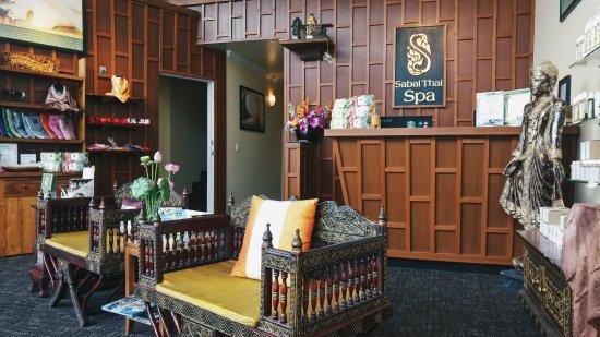 North Vancouver, Canada: Sabai Thai Spa // Lobby