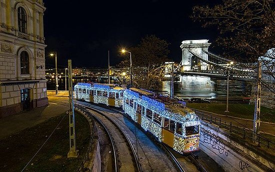 Buda Castle Fashion Hotel: Great transport
