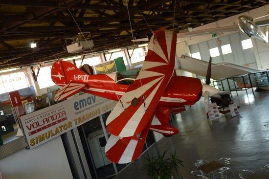 Volandia Parco e Museo del Volo Malpensa: STUPENDO ATRIO